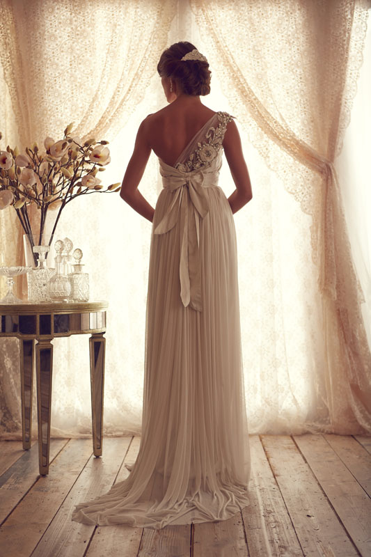Anna Campbell Bridal Gossamer Trish back view